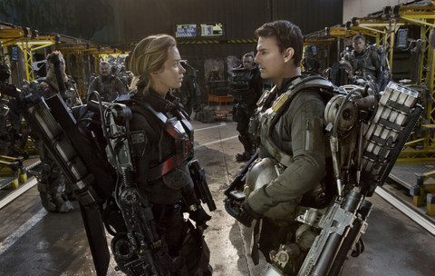 edge-of-tomorrow-emily-blunt-and-tom-cruise
