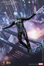 Hot Toys The Amazing Spider-Man 2 - Electro flying lighting bolts