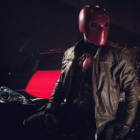 Cosplay C - Jordan as Red Hood2