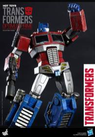Hot Toys Gen 1 Optimus Prime - Starscream variant - fist up