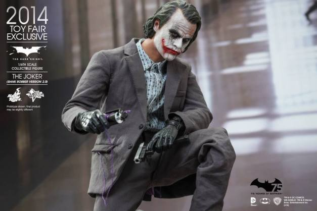 Hot Toys Joker exclusive with trigger and gun