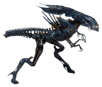 NECA-Alien_Queen figure side
