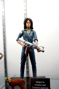 NECA Ellen Ripley and Jonesy Alien
