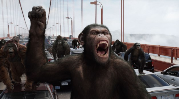 rise-of-the-planet-of-the-apes-caesar leads apes