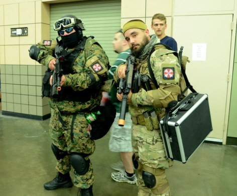 Baltimore Comic Con 2014 - Umbrella troops