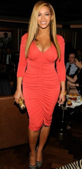 beyonce red dress