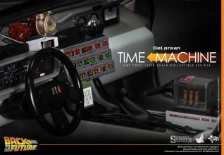 Hot Toys Back to the Future DeLorean interior.2