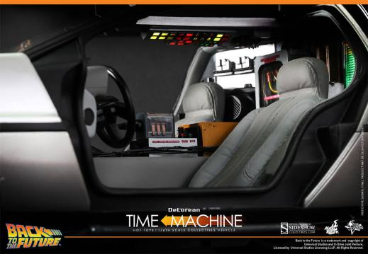 Hot Toys Back to the Future DeLorean interior close