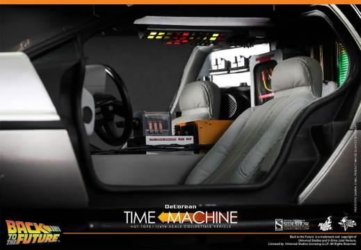 Hot Toys Back to the Future DeLorean interior close