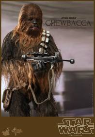 Hot Toys Star Wars Chewbacca - tight aiming shot