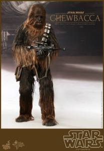 Hot Toys Star Wars Chewbacca - vertical aiming