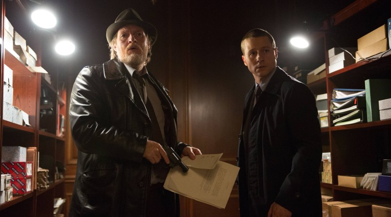 Gotham ep. 4 Arkham - Bullock and Gordon