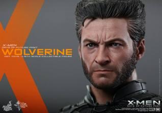 Hot Toys X-Men DOFP Wolverine - tight head shot