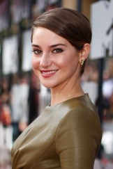 Shailene-Woodley-2014-MTV-Movie-Awards-