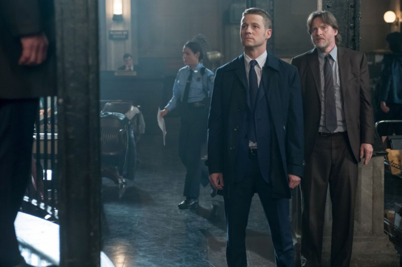 gotham-what-the-little-bird-told-him-gordon-and-bullock
