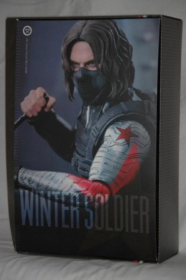 Hot Toys The Winter Soldier - inner box package