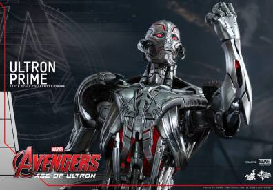 Hot Toys Age of Ultron - Ultron Prime - close up