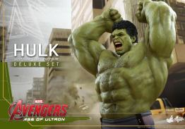 Hot Toys Hulk - Age of Ultron - close up arms up