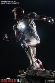 Iron Man Mark 42 maquette - mask up side