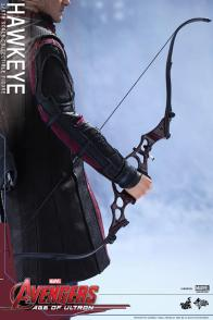 Avengers Age of Ultron Hawkeye figure - detailed bow