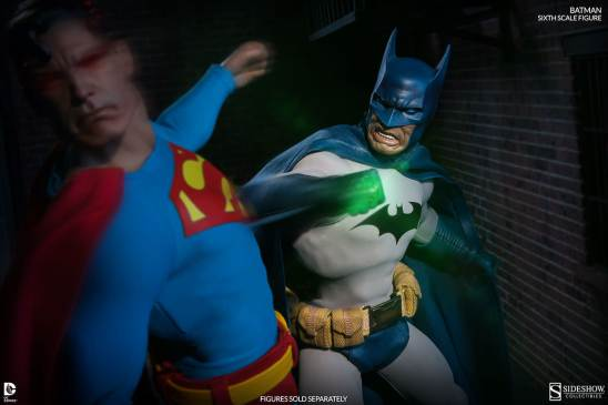 Batman Sideshow Collectibles 12inch figure - hitting Superman with Kryptonite ring
