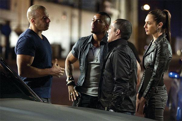 Fast & Furious - Vin Diesel, Laz Alonso, Gal Gadot