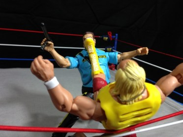 Hulk Hogan Defining Moments figure - big boot to Bossman