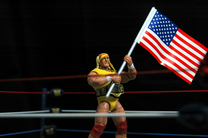 Hulk Hogan Defining Moments figure - holding flag wide
