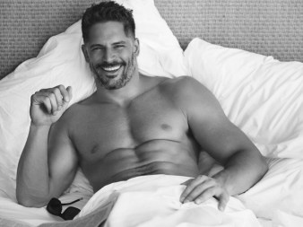 Joe-Manganiello-Shirtless-Deathstroke