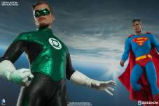 Sideshow Collectibles - Green Lantern Sixth Scale figure - hanging with Superman
