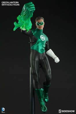 Sideshow Collectibles - Green Lantern Sixth Scale figure - with glowing fist