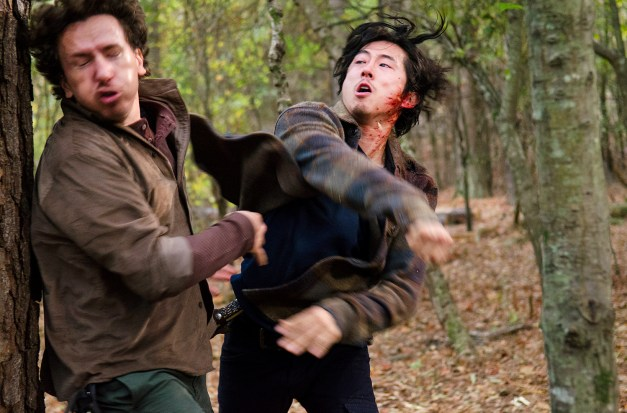 The Walking Dead - Conquer - Nicholas and Glenn