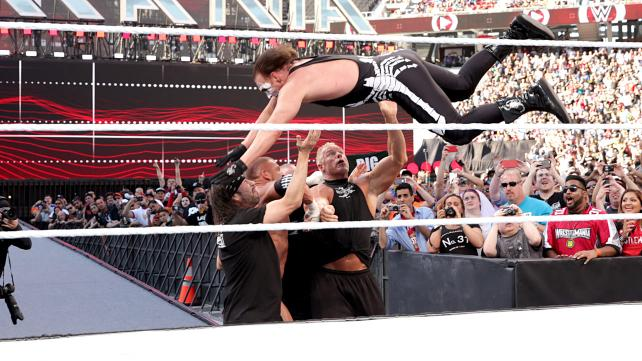 Wrestlemania 31 - Sting dives on DX