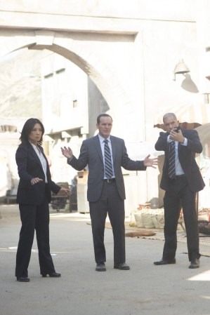 Agents of SHIELD - Melinda - May and Coulson