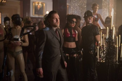 Gotham - The Anvil or the Hammer - Bullock at Fox Club