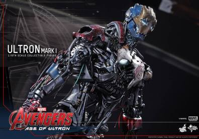 Hot Toys Avengers Age of Ultron - Ultron Mark 1 - tangled