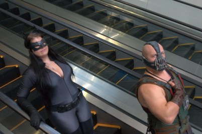 Awesome Con 2015 Day 1 cosplay -Catwoman and Bane