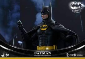 Hot Toys Batman Returns figure - with scanner