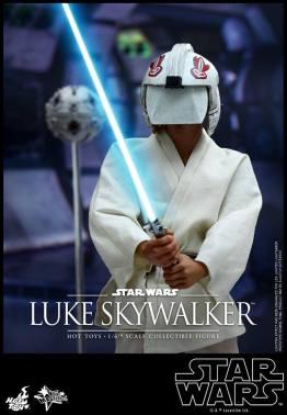 Hot Toys Star Wars Luke Skywalker - training