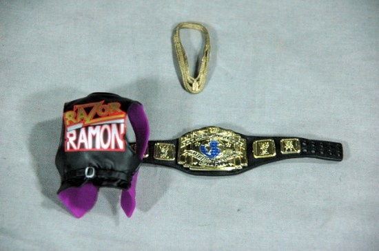 Razor Ramon Defining Moments - accessories