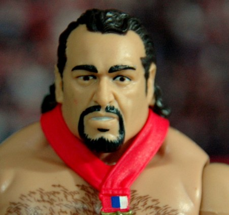 WWE Elite 34 Rusev review pics - close up