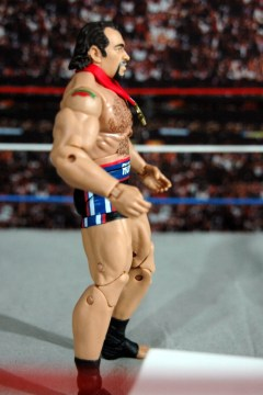 WWE Elite 34 Rusev review pics - side