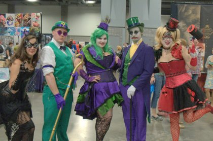Awesome Con 2015 cosplay Saturday - old school Catwoman, Riddler, Joker and Harley