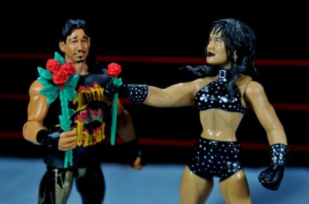 Eddie Guerrero Hall of Fame figure review -giving Chyna roses