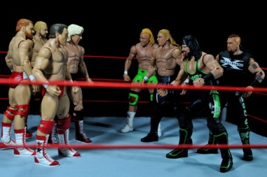 Four Horsemen figure review - Four Horsemen face off with DX