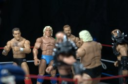 Ric Flair Defining Moments figure review - 4Horsemen face off with Road Warriors and Dusty Rhodes