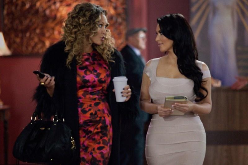 temptation-kim-kardashian-in-dress-and-vanessa-williams
