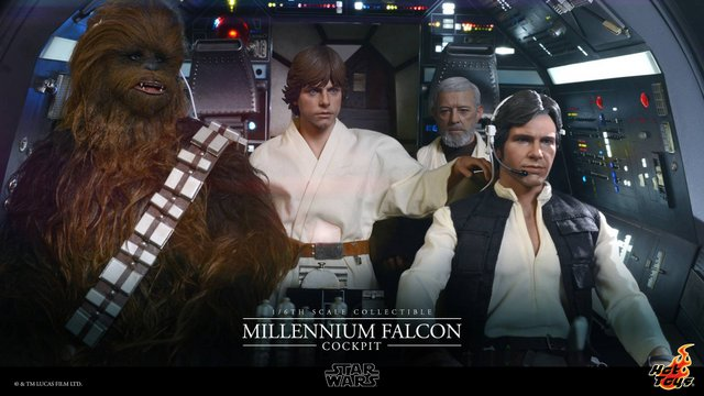 Hot Toys Star Wars Millennium Falcon cockpit - inner view star wars action figure reviews