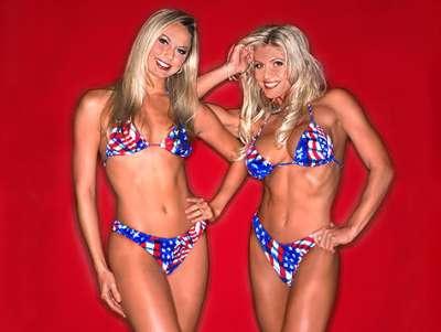 Torrie Wilson and Stacy Keibler USA bikinis