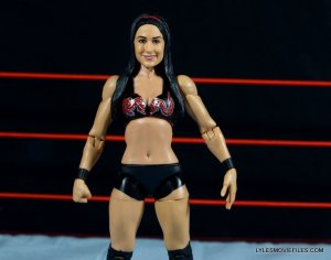 brie-bella-mattel-basic-front-close-up